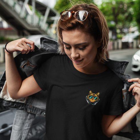 Brown DJ Cat női póló